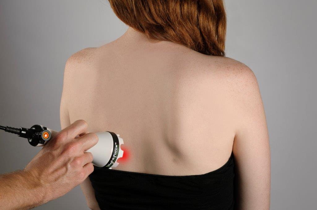 spine laser therapy with a chiropractor in Thousand Oaks, CA